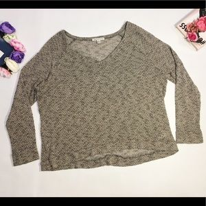 American Eagle outfitters gray v neck sweater top